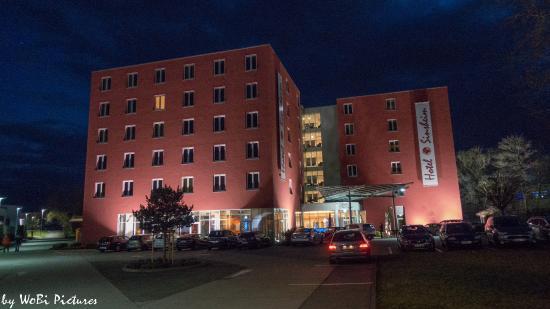 flur picture of hotel sinsheim und restaurant fandango. Black Bedroom Furniture Sets. Home Design Ideas