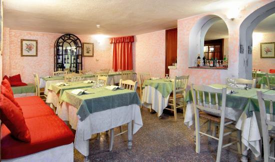 Colonna Palace Hotel Mediterraneo: Restaurant