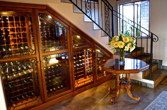 Drakensberg Region, Sydafrika: Good wines to accompany good food/company at Inkungu Lodge