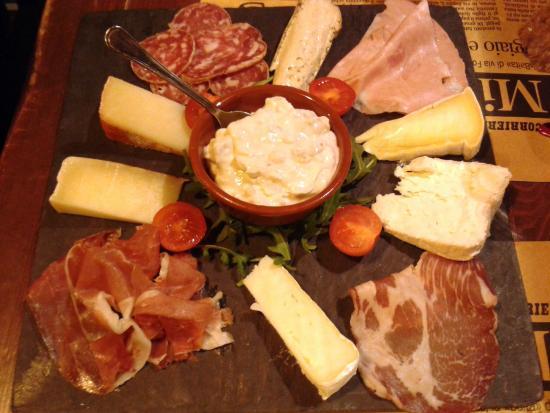 La Baita del Formaggio: Tagliere di formaggi non stagionati