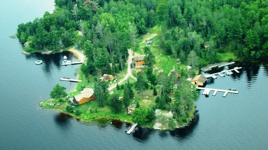 Pine Point Lodge & Resort