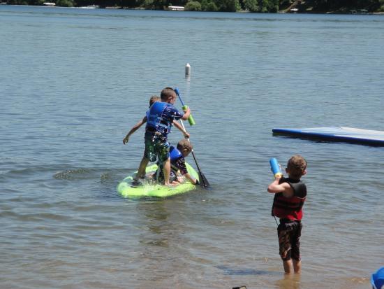 Geneva Beach Resort : Fun for the whole family!