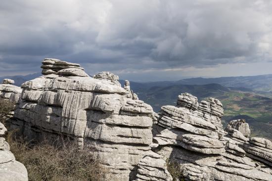 Cortijo Sabila: Limestone rocks at El Torcal