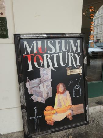 Museum of Torture Instruments: Cartaz