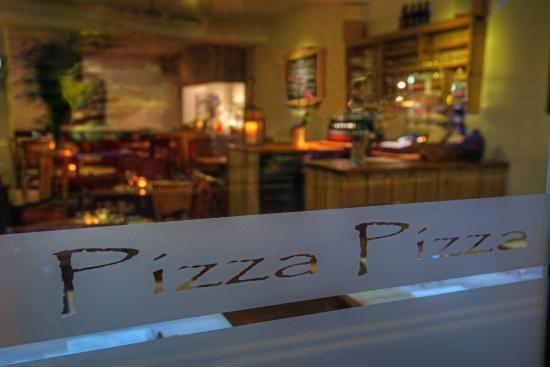Elan Pizzeria