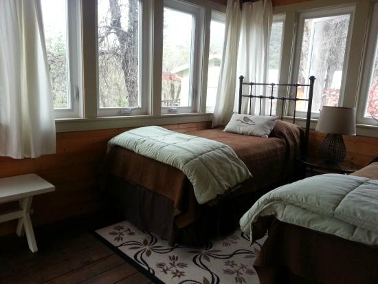 Coho Cottages : Spa Cottage Sunroom