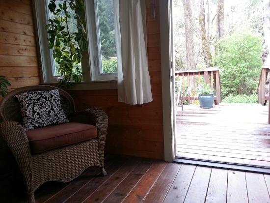 Coho Cottages : Spa Cottage View