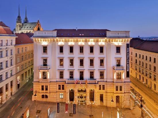 Brno, Tsjechië: Hotel from outside