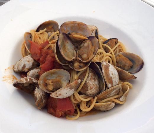 George's at the Cove: Spaghetti with clams