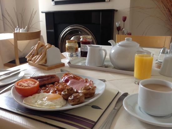 Oakfield B&B : Hearty breakfast included in the price