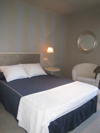 Migal Hotel Restaurant: Habitación individual con cama de 1.35
