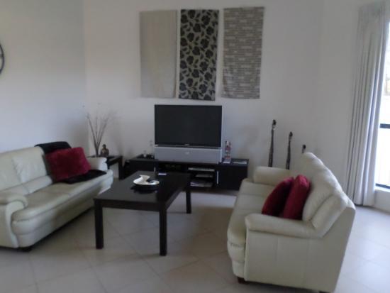 Merlot & Verdelho Townhouses: Living room area