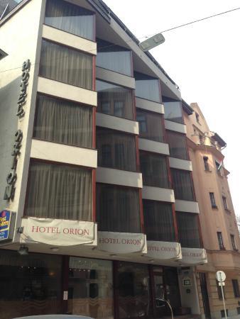 Hotel Orion Várkert: Отель снаружи