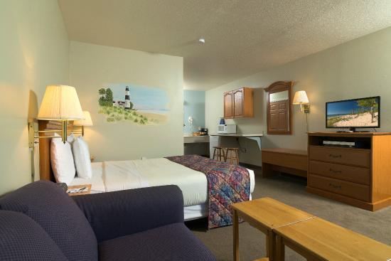 Sierra Sands Family Lodge: Queen Suite
