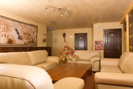Photo of Hotel Krone Bistrita