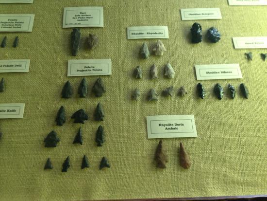 Smoki Museum: Arrowheads
