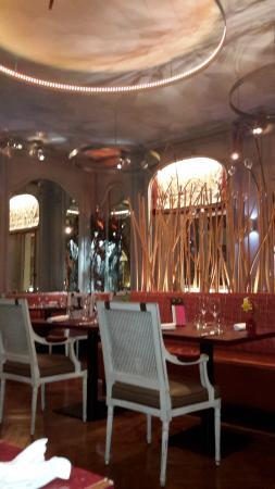 L'Yeuse : salle de restaurant