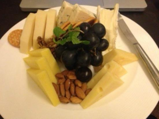 Ramada Abu Dhabi Downtown: Room service cheese board - massive and gorgeous - only 50 AED!