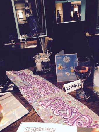 Premier Inn Portsmouth Port Solent Hotel: Anniversary table