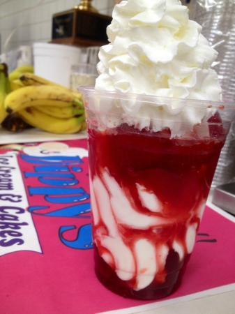 Dippy's Ice Cream & Cakes
