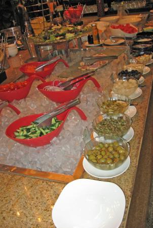 Wyndham Garden Suzhou: Breakfast buffet