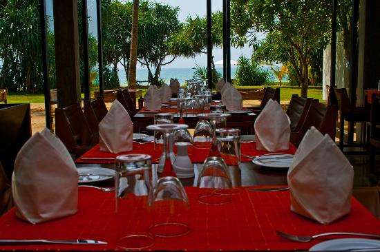 Temple Tree Resort & Spa: Restaurant View