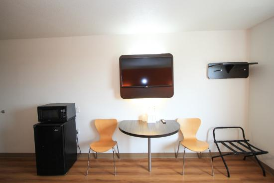 Motel 6 San Antonio Downtown – Riverwalk is conveniently located off of  I-35.