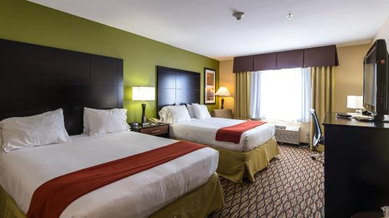 Holiday Inn Express Hotel and Suites Edmond: Newly Remodeled Standard Two Queen