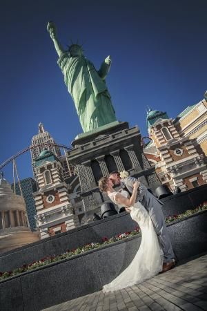 Las Vegas Wedding At Chapel Of The Flowers