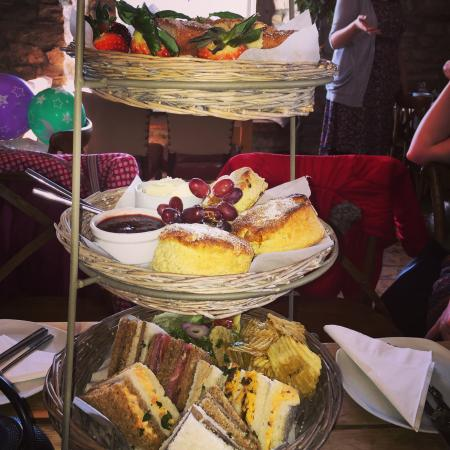 Bayberry Hollow: Afternoon Tea