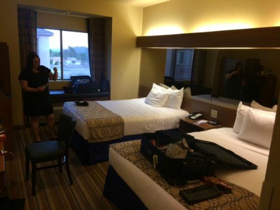 Baymont Inn & Suites Las Vegas South Strip: Room View