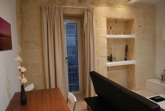 Valletta Merisi Suites : Dining room