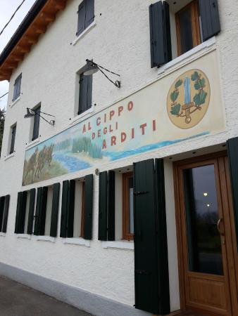 Al cippo - Bild von Al Cippo Degli Arditi Osteria con Cucina ...