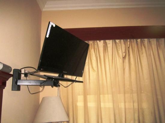 Fortune Hotel Deira: TV LCD
