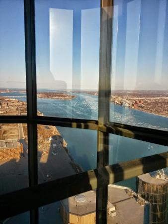 Detroit Marriott At The Renaissance Center Elevator Ride Up To Coach Insignia