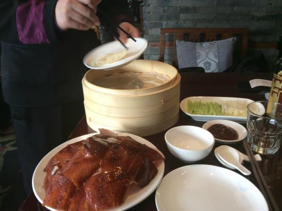 ShangHai FeiCui Restaurant (Xintiandi): Whole Peking Duck