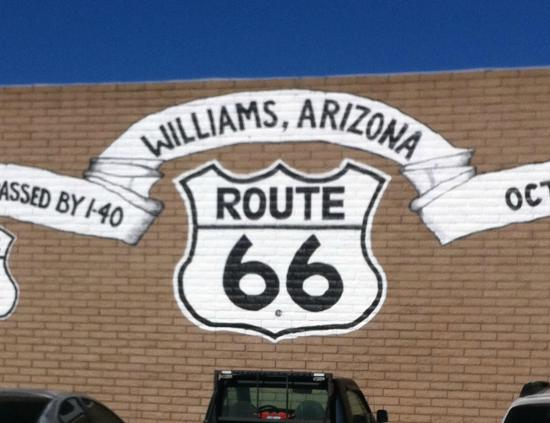 Grand Canyon Hotel: can't miss the fact that you are on 'route 66' ...love it!