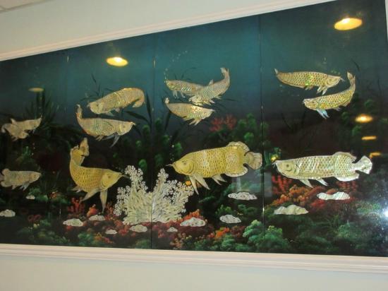 halibut house Family Restaurant: Art work