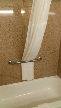 Country Inn & Suites By Carlson, Bessemer: Shower