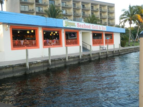 View of the Three Fishermen Seafood Restaurant from the boat ramp
