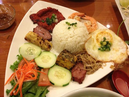 Viet Pho: Beef and rice plate
