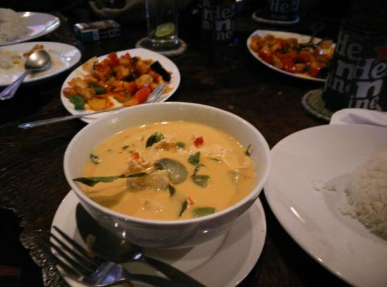 Tamarind Restaurant and Bar : Red Curry!