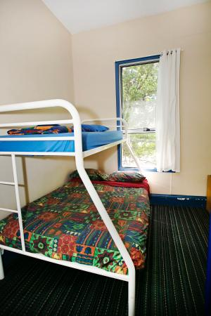 Albany Bayview YHA: 4 Bed Dorm