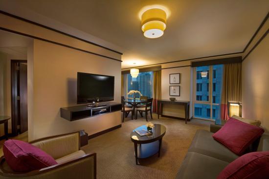 Conrad Bangkok Residences: One bedroom living area