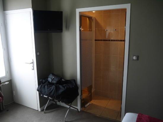 Hotel des Dunes : vue de la salle de douche