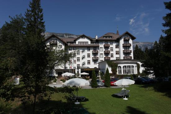 Sunstar Hotel Flims: Hotelansicht Sommer Sunstar Alpine Hotel Flims