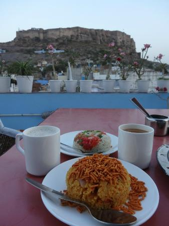 Hem's Delicious Food: Beat this for a view! the perfect combo...