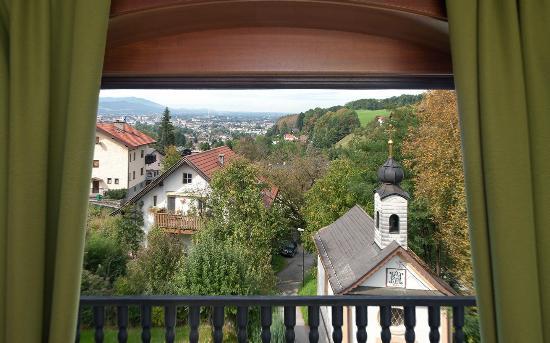 Die Haslachmühle: Stadtblick mit Hauskapelle, City View with hotel chapel