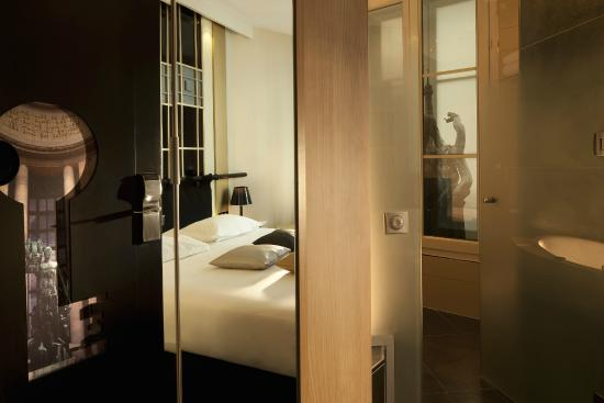 Trocad ro photo de h tel design secret de paris paris for Hotel paris secret