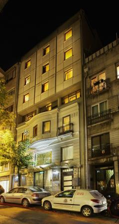 Gallery Residence & Hotel at night